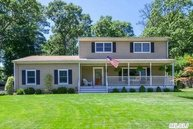 55 Woodland Rd Miller Place NY, 11764