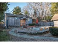 2 Hickory St Lyme CT, 06371