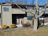 122 Shagbark Dr #122 122 Derby CT, 06418