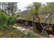 3266 Mandeville Canyon Rd Los Angeles CA, 90049