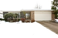 421 Tracey Court Westmont IL, 60559