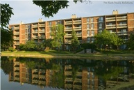 Woodland Creek Apartments Wheeling IL, 60090