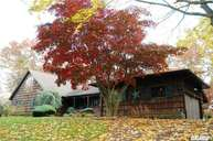 39 Treeview Dr Melville NY, 11747