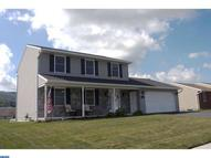 21 Meadow Dr Newmanstown PA, 17073