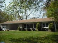 4162 Oliver Ln Marcus Hook PA, 19061