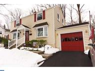 624 Lakevue Dr Willow Grove PA, 19090