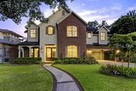 6249 Chevy Chase Dr Houston TX, 77057