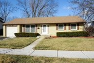804 West Brittany Drive Arlington Heights IL, 60004