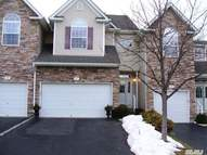 17 Mohannis Way Kings Park NY, 11754