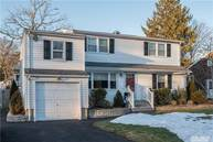 7 Quebec Dr Huntington Station NY, 11746