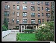 83-20 98 St #2n Woodhaven NY, 11421