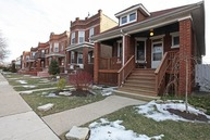 4253 West Melrose Street Chicago IL, 60641