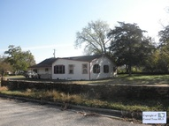 311 Comal Ave Luling TX, 78648