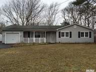 45 Appel Dr Shirley NY, 11967