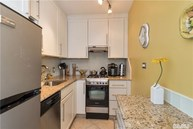 70-25 Yellowstone  Blvd #21z Forest Hills NY, 11375