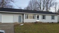 67 Gaines St Se Grand Rapids MI, 49548