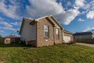 330 Brook Mead Dr Clarksville TN, 37042