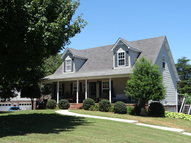 4121 Woodview Drive Cookeville TN, 38501