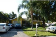 7526 Sw 6th St North Lauderdale FL, 33068