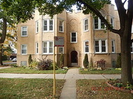 5704 North Campbell Avenue 1n Chicago IL, 60659