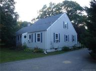 906 Long Cove Rd Gales Ferry CT, 06335