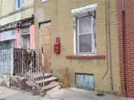 445 W Diamond St Philadelphia PA, 19122
