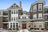 7 East Kennedy Lane 101 Hinsdale IL, 60521