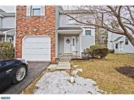 13 Heritage Ct Trenton NJ, 08628