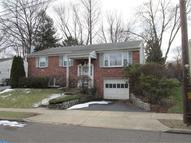 2948 Carnation Ave Willow Grove PA, 19090