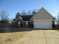 1979 Cresent Ln Southaven MS, 38671