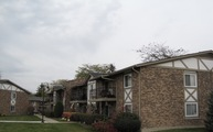 9 S122 Frontage Rd #101 Willowbrook IL, 60527