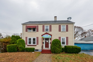 86 Pond St Pawtucket RI, 02860