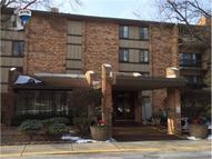 301 Lake Hinsdale Drive #109 Willowbrook IL, 60527