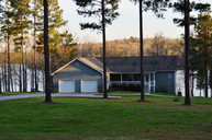 115 Mariners Cove Hodges SC, 29653
