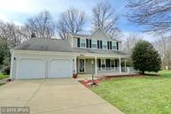 6611 Cottontail Ct Waldorf MD, 20603