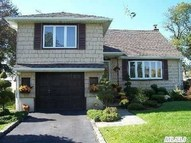 35 Marbourne Rd Bethpage NY, 11714