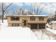 6713 35th Avenue N Crystal MN, 55427