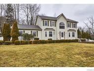 7 Cottonwood Court Central Valley NY, 10917