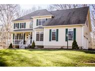 2 Katie Ln Guilford CT, 06437