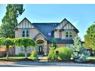 4665 Se Monroe St Milwaukie OR, 97222