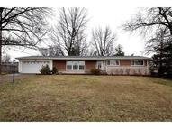 15 Queensbrook Place Olivette MO, 63132