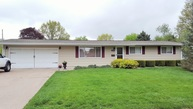 701 Pleasant Drive Knoxville IL, 61448