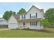 411 Parkview Dr Sheffield Lake OH, 44054