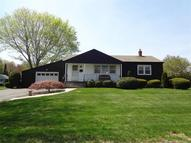 18 Tiffany Ave Waterford CT, 06385