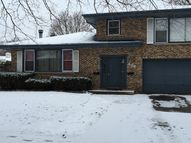 446 Edwards Ave West Dundee IL, 60118
