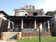 142 California Highland Park MI, 48203