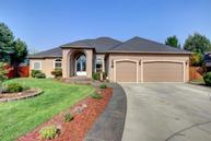 980 Fairview Court Eagle Point OR, 97524
