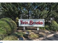 46 Twin Brooks Dr 46g Willow Grove PA, 19090