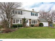 1689 Kenmare Dr Dresher PA, 19025