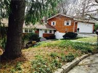 492 Papurah Road Fairfield CT, 06825